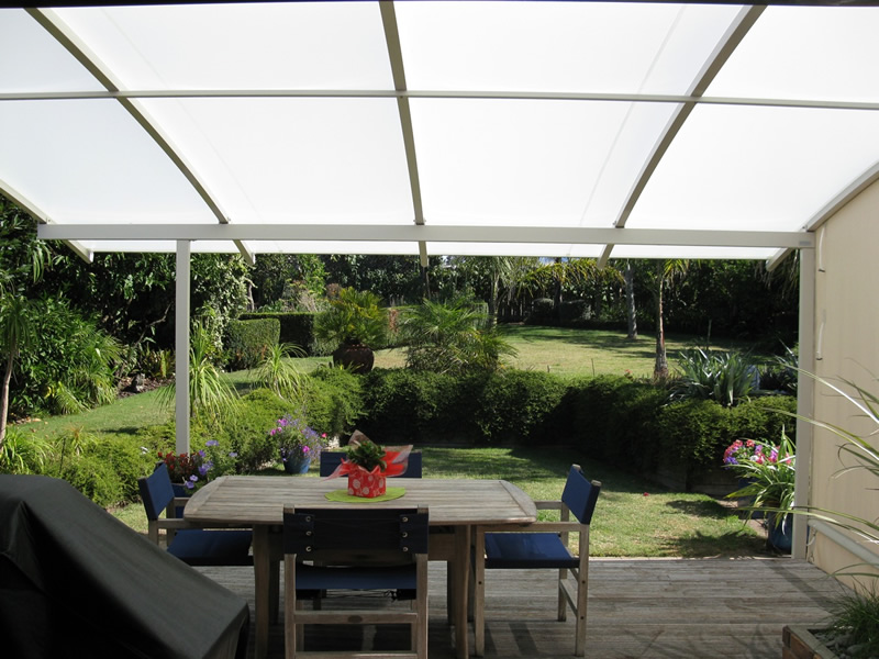 covercorp-tauranga-canopy-entertain.jpg